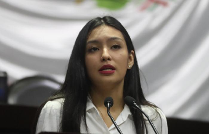 En la actual administración se conformó un régimen clientelar que lucra con los que menos tienen: Frida Esparza